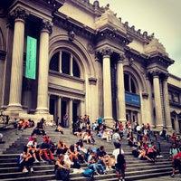 9/4/2012 tarihinde Ozzy Green .ziyaretçi tarafından Metropolitan Museum Steps'de çekilen fotoğraf