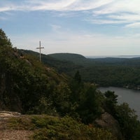 Photo taken at Maiden's Cliff by VVineygirl on 8/24/2011