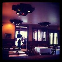 รูปภาพถ่ายที่ Chez Panisse โดย mutevox Y. เมื่อ 3/14/2012
