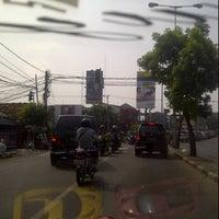 Photo taken at Lampu Merah Srengseng-Pesanggrahan by The_ZPR<ZH3P4_R41D3R5> I. on 7/13/2012