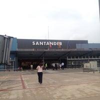 Photo taken at Aeropuerto de Santander - Seve Ballesteros by Jimmy on 7/9/2012
