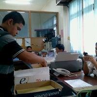 Photo taken at Dinas Pendapatan,Keuangan dan Asset Daerah Kabupaten Samosir by Ondhy L. on 6/1/2012
