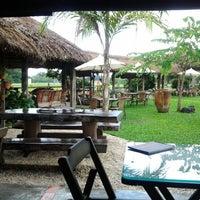 Photo taken at O Celeiro by Felps T. on 5/11/2012