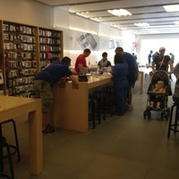 Photo taken at Apple by Bob H. on 6/1/2012