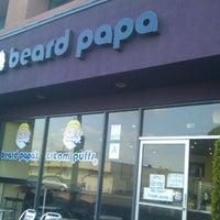 Foto tirada no(a) Beard Papa's por Max G. em 3/1/2012