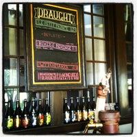 Photo prise au Jester King Brewery par Teresa C. le4/18/2012