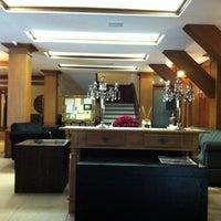 Photo taken at Bavária Sport Hotel by Gisele L. on 7/20/2012