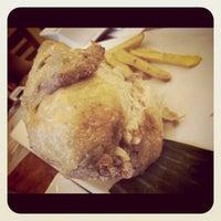 Photo taken at Max's Restaurant by Jephogz  B. on 3/29/2012