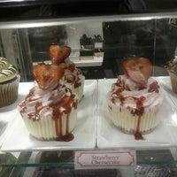 Photo taken at Golden Nugget The Chocolate Box by MissTammy Nunez on 9/11/2012