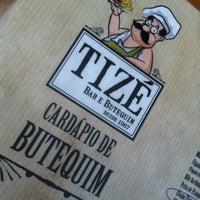 Foto tirada no(a) Tizé Bar e Butequim por Sergio A. em 3/30/2012