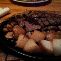 Photo taken at Applebee's Neighborhood Grill & Bar by John S. on 8/31/2012
