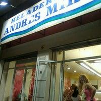 7/15/2012 tarihinde Gema L.ziyaretçi tarafından Heladería Andrés Mira'de çekilen fotoğraf