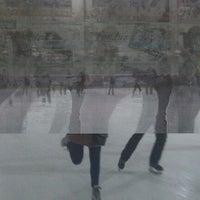 2/13/2012 tarihinde Алексей Ф.ziyaretçi tarafından Айс Холл / Ice Hall'de çekilen fotoğraf