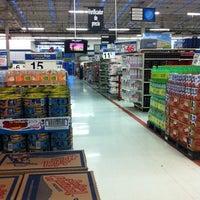 Foto tomada en Walmart por luis vitaly R. el 7/28/2012
