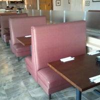 Photo prise au Domo Sushi par Kenneth S. le2/27/2012