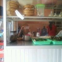 Photo taken at Juice Gang Nangka by Marissa P. on 3/18/2012