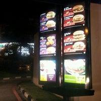 Photo taken at McDonald's & McCafé by Rosmazly A. on 5/8/2012