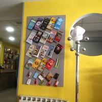 Foto tomada en Alberguinn Barcelona Hostel por Karan S. el 5/30/2012