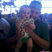 Photo taken at Red Robin Gourmet Burgers by Matthew R. on 3/17/2012