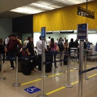 Photo taken at Check-in Azul by Marquinho G. on 8/31/2012