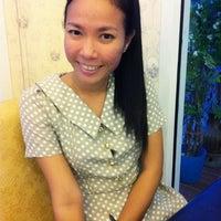 Photo taken at ส้มตำไฮโซ UMZAP by I'm L. on 3/7/2012