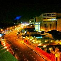 Photo taken at WANA Riverside Hotel Malacca by Nathan Yok N. on 8/12/2012