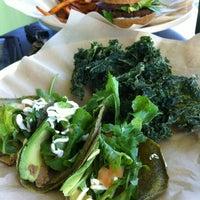 Foto scattata a green seed vegan da Gerry M. il 4/21/2012