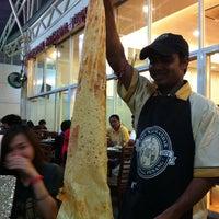 Photo taken at Restoran Original Penang Kayu Nasi Kandar by Praew T. on 7/25/2011