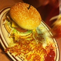 Photo taken at Denny's by Dominiquenotdom N. on 8/6/2011