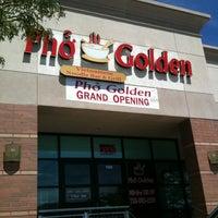 Photo taken at Pho Golden by Alan N. on 8/18/2011