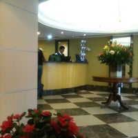 Photo taken at Hotel Caesar Business by Frederico M. on 1/17/2011