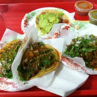 Photo taken at Tacos El Gordo De Tijuana by Cristiano H. on 7/11/2012