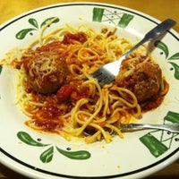 Photo taken at Olive Garden by Sarah W. on 7/15/2012