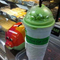 Photo taken at First Cup Coffee@Esso Sukhumvit by Pay P. on 4/19/2012