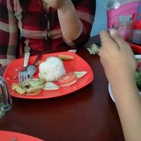 Photo taken at Yamin yahoout by Evalina M. on 10/22/2011