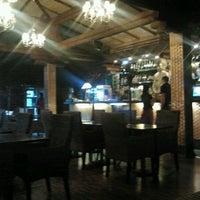 Снимок сделан в Buddha Bar пользователем Anna P. 5/8/2012