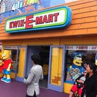 Kwik-E-Mart - Gift Shop in Universal City