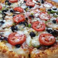 Photo taken at Papa John's Pizza by Daniela C. on 7/9/2011