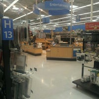 Photo taken at Walmart by evetta g. on 3/30/2012