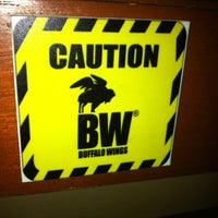 Photo taken at Buffalo Wings by Oskar M. on 2/3/2012