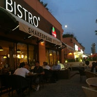 Photo taken at Shakespeare Coffee & Bistro by Hakan A. on 7/31/2012