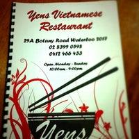 Photo taken at Yen's Vietnamese Restaurant by Amit K. on 7/12/2012