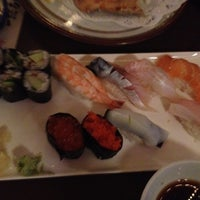 Photo taken at Itto Sushi by shan on 8/24/2012