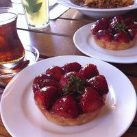 Photo taken at Le Pain Quotidien by Eda on 7/16/2012