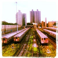 Photo taken at MTA Subway - Bedford Park Blvd/Lehman College (4) by Andre L. on 7/7/2012
