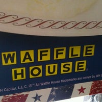 Photo taken at Waffle House by Javier P. on 12/10/2011