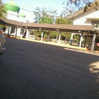 Photo taken at Fakultas Ekonomi Unsyiah by Mohammad J. on 2/8/2012