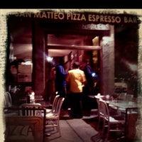 6/16/2012에 Jérémy F.님이 San Matteo Pizza Espresso Bar에서 찍은 사진