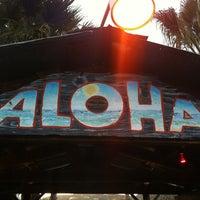 Foto tomada en Hula Hut por Tom K. el 12/31/2011