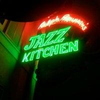 Photo taken at Ralph Brennan's Jazz Kitchen by Brandon B. on 10/24/2011